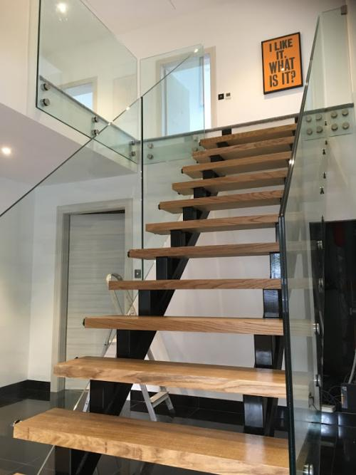 Staircase with side fixed glass by Balcony Installations (1)