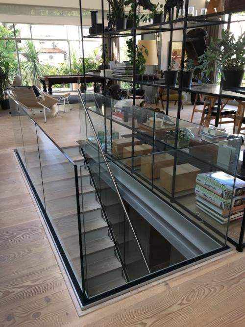 atrium frameless internal balustrade by Balcony Installations